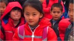 齐鲁大地的名人有哪些,山东文化名家泉城济南的著名人物谈小女孩微笑走红